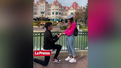 Beisbolista hondureño Mauricio Dubón se compromete en romántico viaje a París