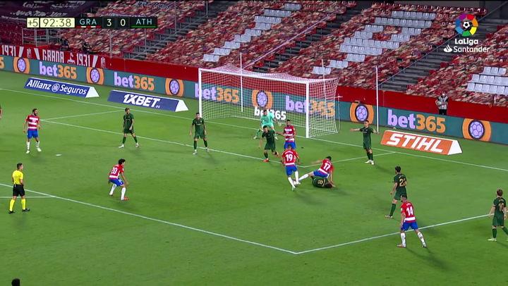 Gol de Montoro (4-0) en el Granada 4-0 Athletic