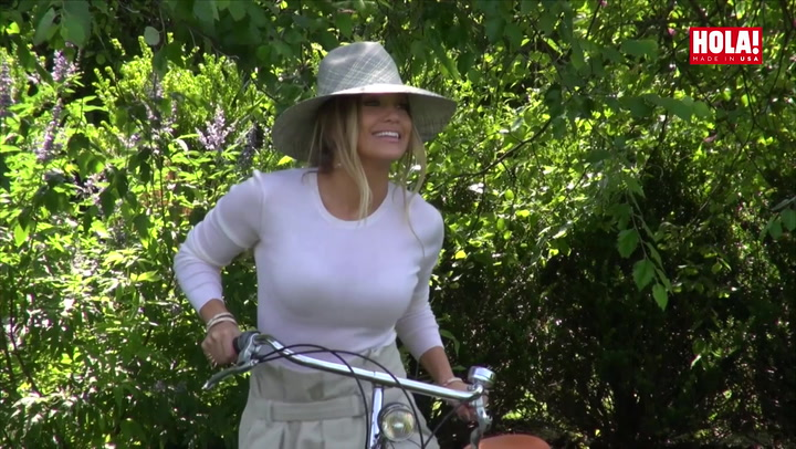 JLo\'s bike: a gift from A-Rod so she can ride around the house of her dreams
