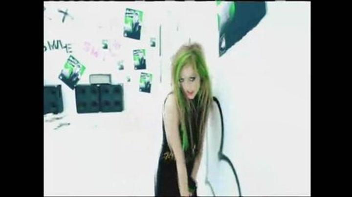 """Avril Lavigne """"Smile"""""""