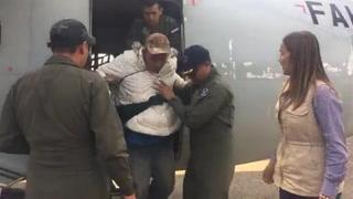 Llega avión con compatriotas desde la frontera de México