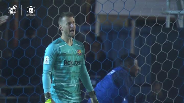 Ibiza - Barça: Neto evitó el 2-0 tras una doble ocasión para el Ibiza