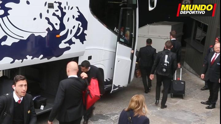 Alexis Sánchez, novedad en la lista del United para Barcelona