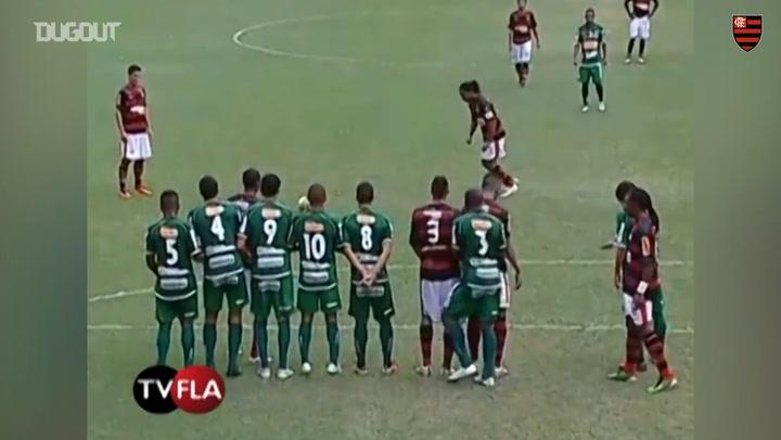 Ronaldinho's free-kick against Boavista
