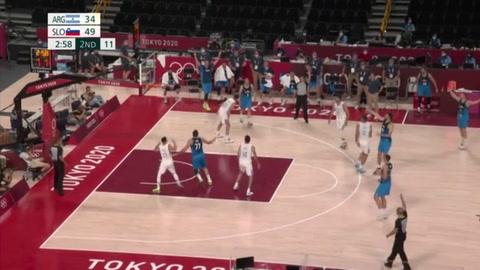 El vendaval Doncic arrasa a Argentina en su estreno en los Juegos de Tokio