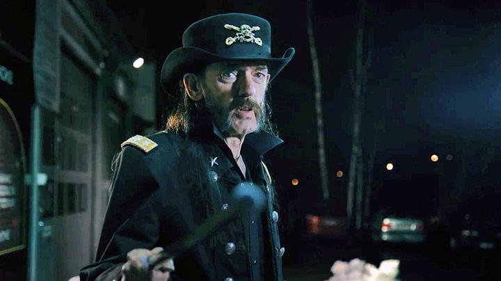 Mötorhead-Lemmy hylles i melkereklame