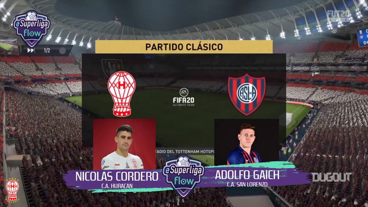 Nicolás Cordero takes on Adolfo Gaich in a game of FIFA 20