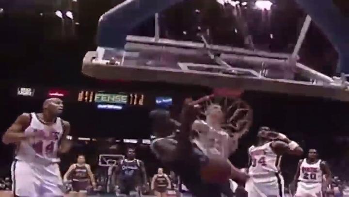 Shaquille O'Neal destrozó más de 20 aros durante su carrera