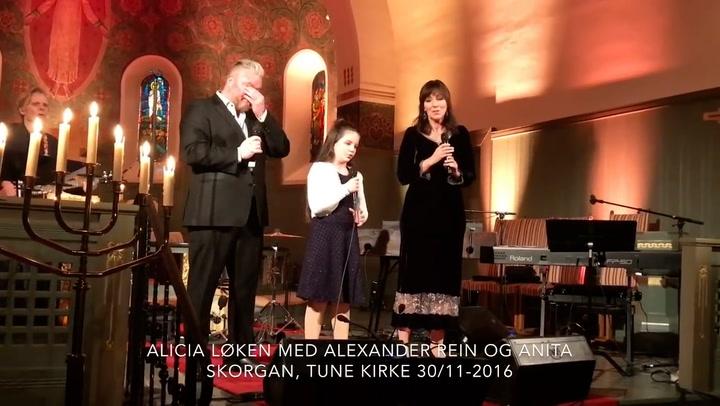 Alicias (11) sang rører Rein Alexander til tårer