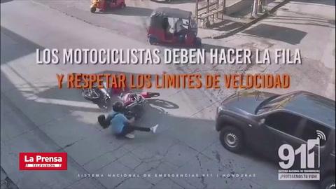 Accidente entre motocicletas en Honduras casi termina en tragedia