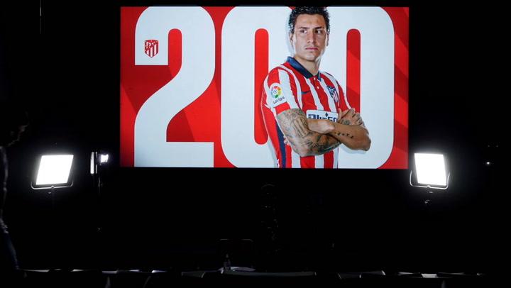 Giménez, 200 partidos como jugador del Atlético de Madrid