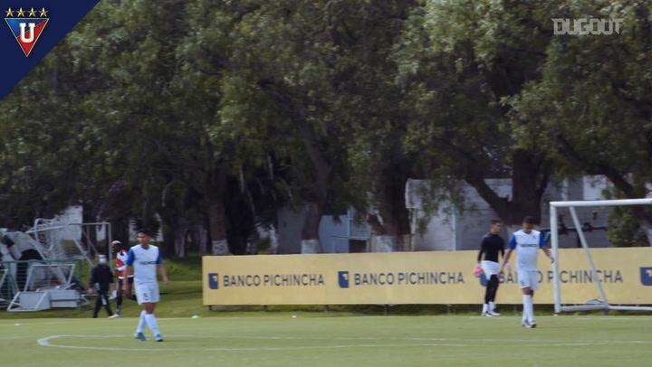 Liga de Quitos' friendly vs Cumbayá FC