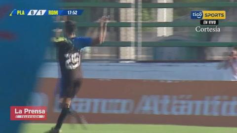 Juan Ramón Mejía anota el 1-0 del Real de Minas ante Platense