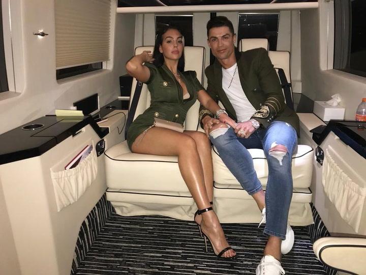 El \'look\' a todo color de Cristiano Ronaldo que ha llamado mucho la atención