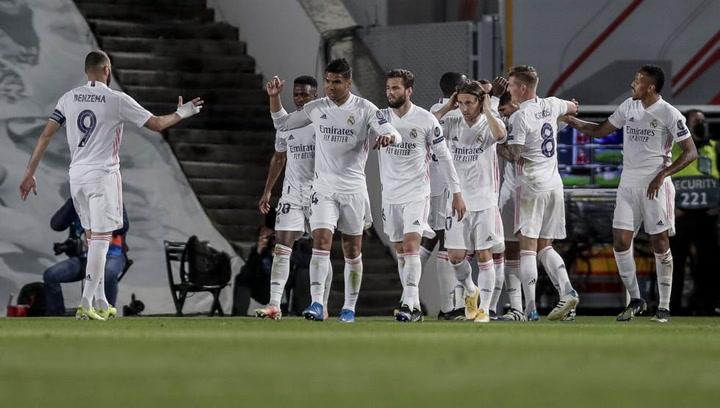 El Real Madrid calienta antes del Clásico