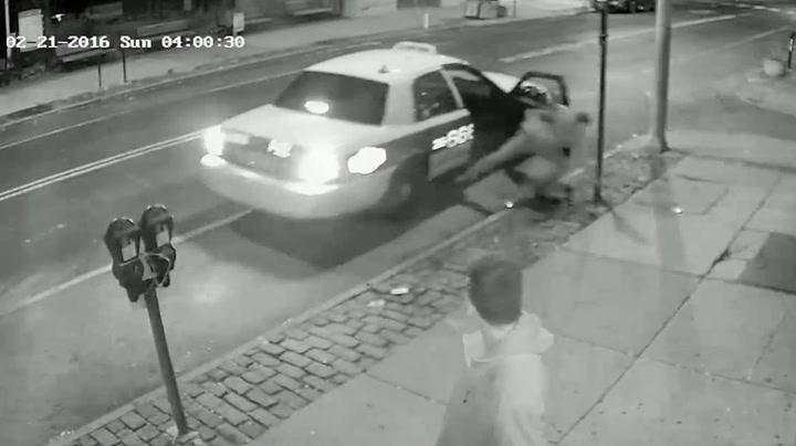 Full mann ville ikke betale - hoppet av taxien i fart