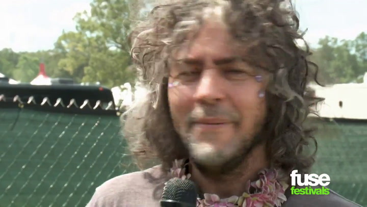 Bonnaroo 2014: Wayne Coyne Talks Miley Cyrus, Being A Freak and Festival Toilets