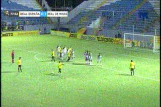 ¡Golazo de tiro libre del Real España! Mikel García para el 4-1 ante Real de Minas