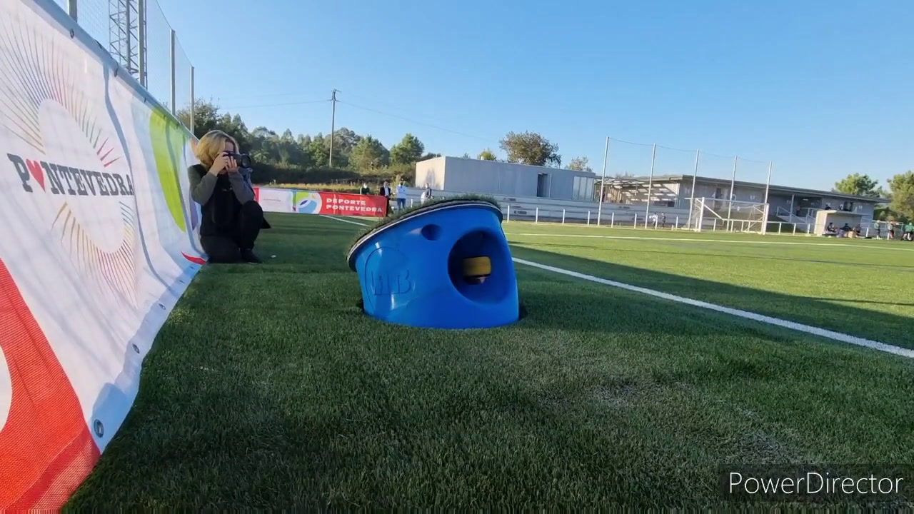 Presentan un sistema ideado para devolver los balones al terreno de juego durante los partidos de fútbol