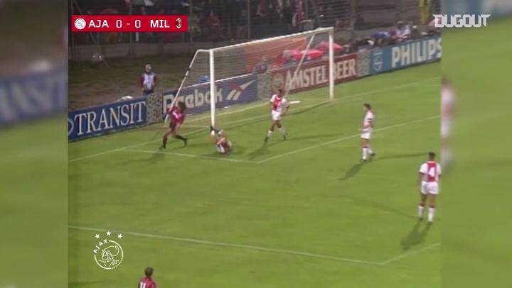 Kluivert decide para o Ajax contra o Milan na Champions em 1995