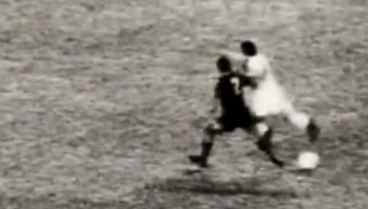 El penalti inexistente de Rifé a Velázquez pitado por Guruceta