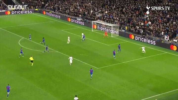 Mourinho'dan Top Toplayıcı Çocuğa Tebrik