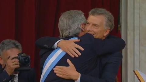 Alberto Fernández convoca a la unidad y promete reducir la pobreza al asumir poder en Argentina