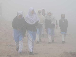 لاہور میں فضائی آلودگی خطرناک حد تک بڑھ گئی ۔۔۔ ایئر کوالٹی انڈیکس 364 تک پہنچ گیا