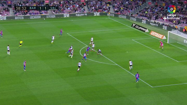 Gol de Depay (p.) (2-1) en el Barcelona 3-1 Valencia