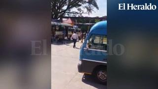 Con disparos al aire sacan a vendedores en terminal de Comayagua
