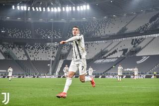 Cristiano Ronaldo, de penal, tiene ganando a la Juventus contra el Inter en la Serie A