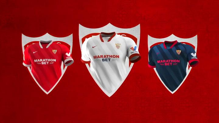 A escena las nuevas camisetas del Sevilla FC