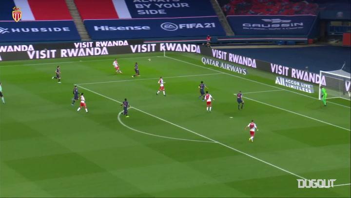 أهداف جماعية: سفيان ديوب أمام باريس سان جيرمان