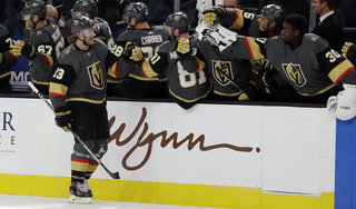 Golden Knights win their fourth straight, defeat Lightning 5-3 – VIDEO