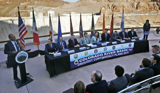 Officials sign drought plan for Colorado River – VIDEO