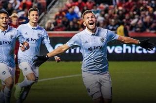 Roger Espinoza avanza a la final con el Sporting Kansas en la MLS