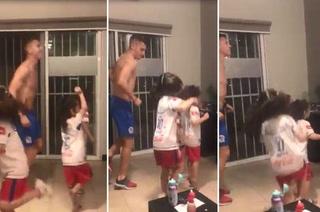 Video: Matías Garrido deja los tacos para ponerse a bailar con sus hijas tras goleada ante Marathón