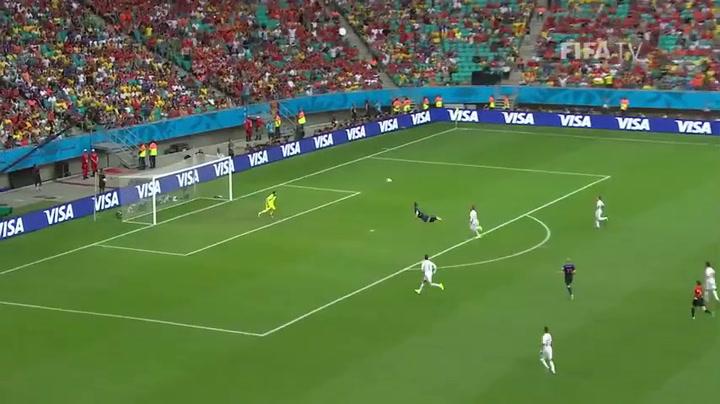 De goal van Van Persie tegen Spanje