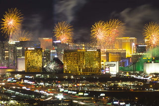 Las Vegas NYE Fireworks – VIDEO