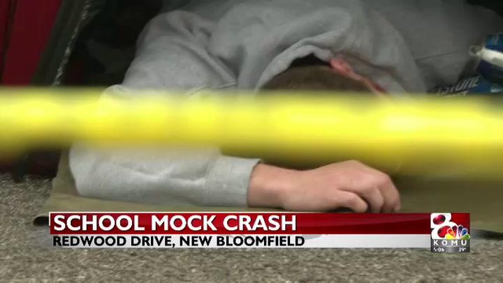 New Bloomfield High School students host mock crash event
