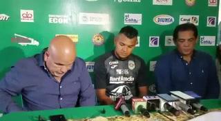 Mario Martínez es presentado como nuevo jugador de Marathón