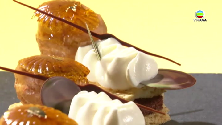 法式榴蓮泡芙蛋糕