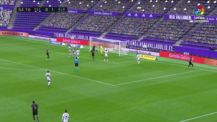 Gol de Borja Sainz (0-2) en el Valladolid 0-2 Alavés