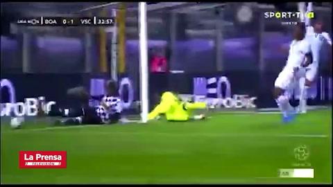 La terrible falla de Jorge Benguché en el Boavista - Vitória Guimarães
