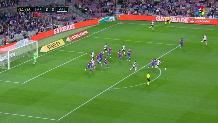 Gol de Gayá (0-1) en el Barcelona 3-1 Valencia