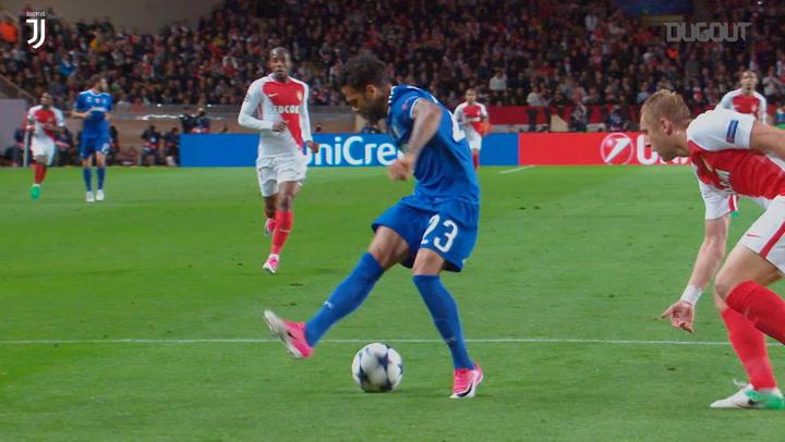 Best Assists: Dani Alves vs AS Monaco
