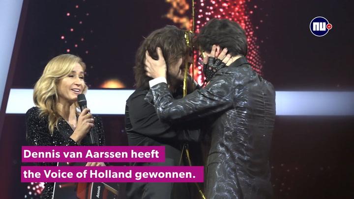 Dennis wint the Voice of Holland: 'Alleen maar geluk en liefde in mijn hart'