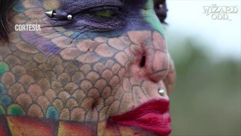 Eva Tiamat Medusa, la mujer transexual que se convirtió en dragón