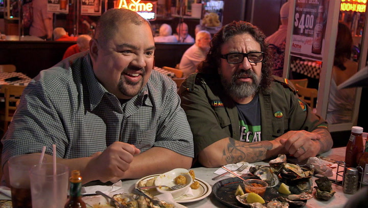 Fluffy Tries Buttery Chargrilled Oysters at New Orleans Acme