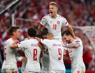Dinamarca avanza a los octavos de final de la Euro tras golear a Rusia